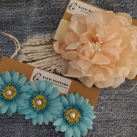 Other - 2 Pack Floral Headbands